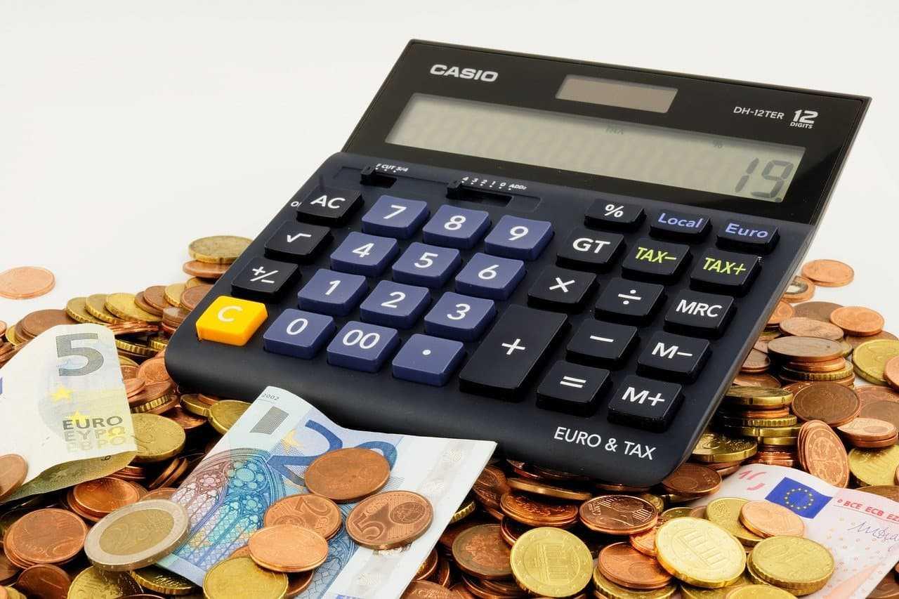 Podatek od kupna samochodu. Kiedy trzeba zapłacić PCC?
