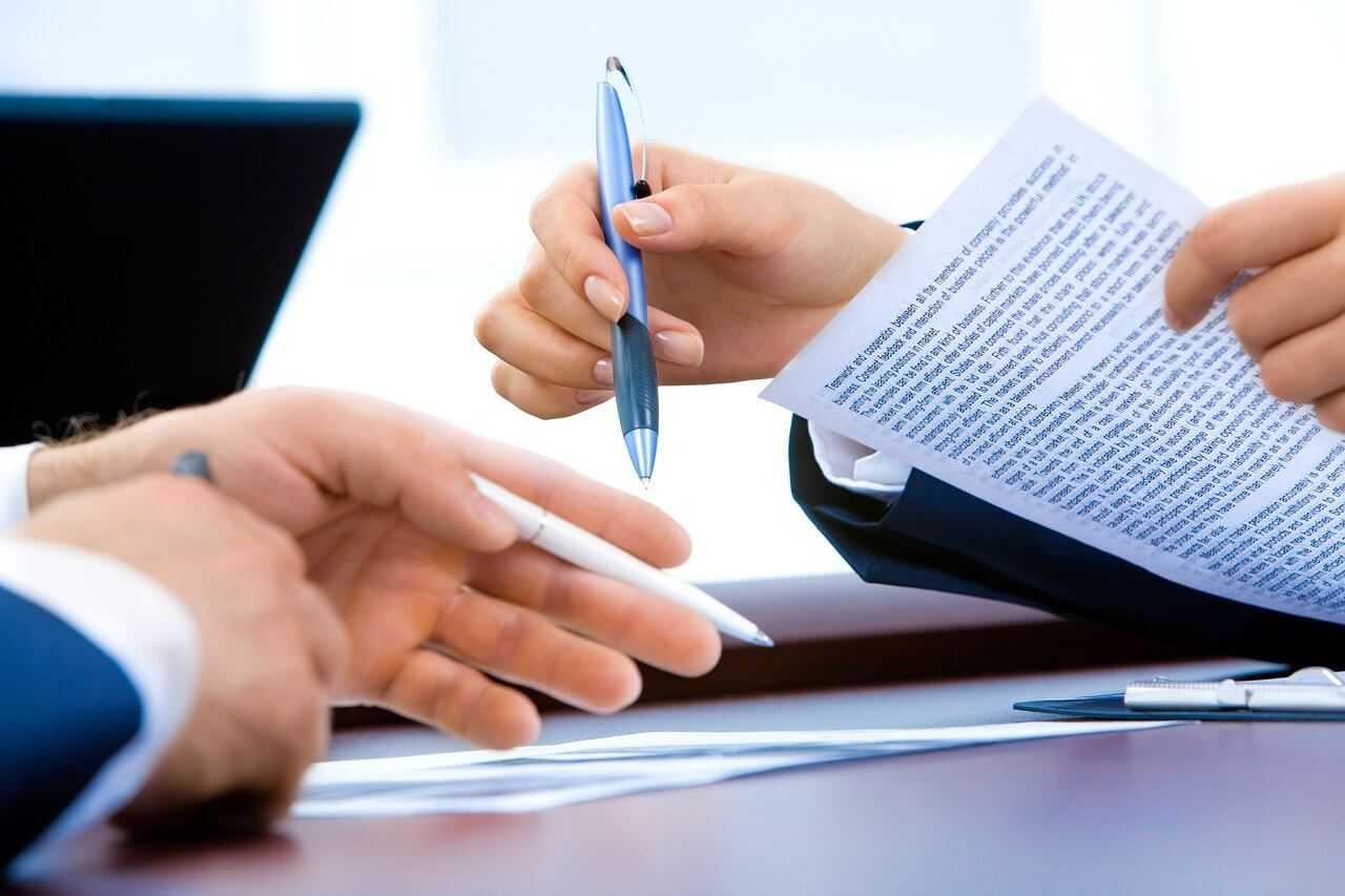 Wniosek o rejestrację pojazdu. Jakie dokumenty są potrzebne do przerejestrowania auta?