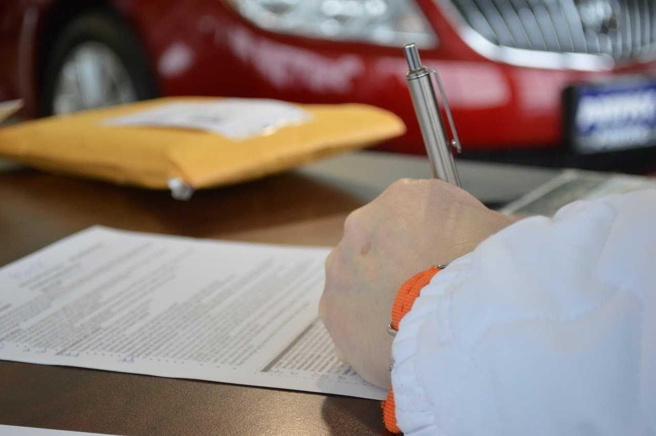Ubezpieczenie OC na miękki dowód rejestracyjny. Czy na jego podstawie możemy kupić polisę?
