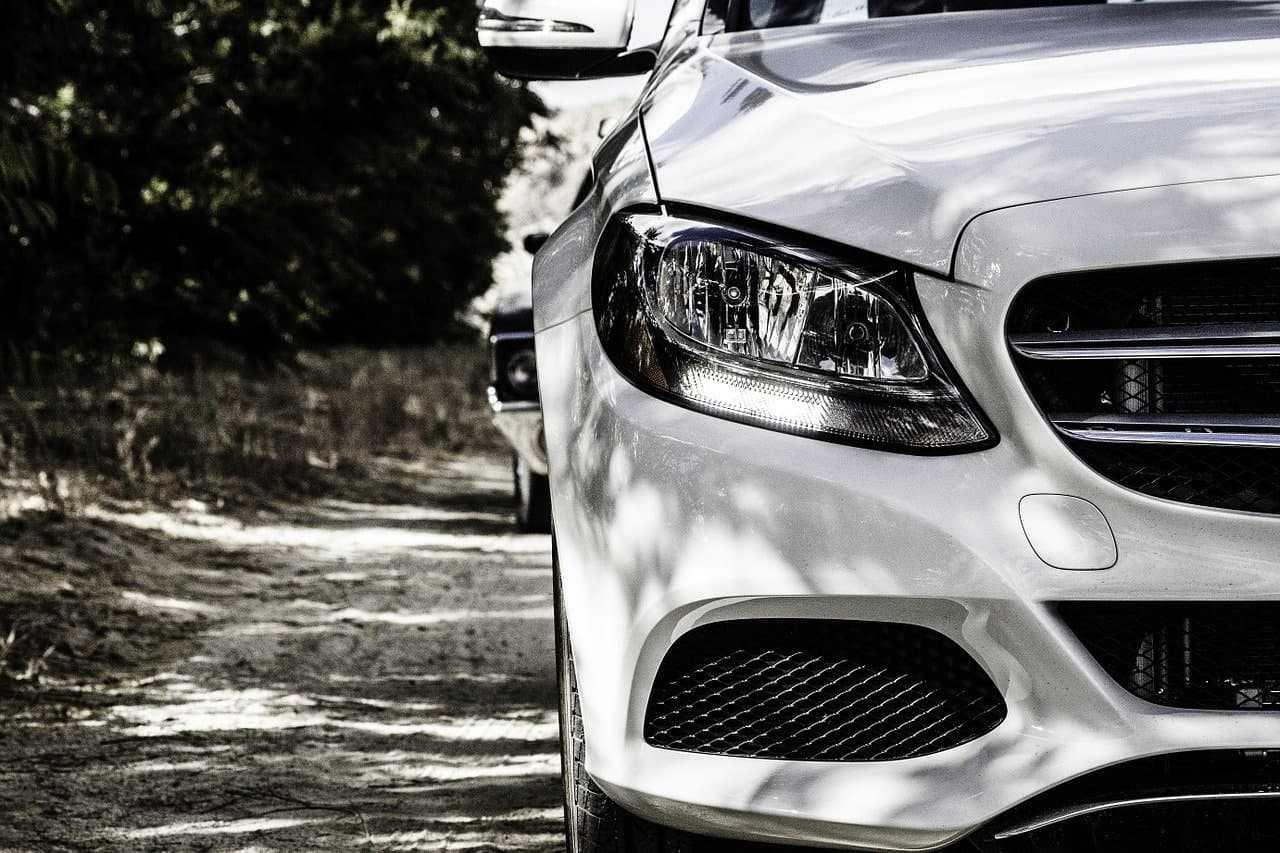 Co obejmuje ubezpieczenie OC samochodu?