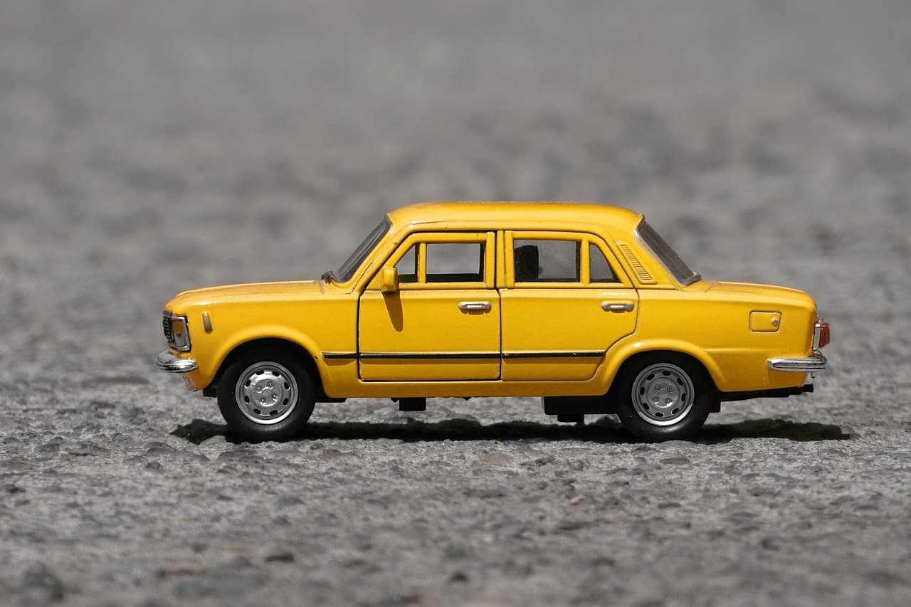 Czy warto kupić autocasco dla starszego samochodu? Sprawdzamy!