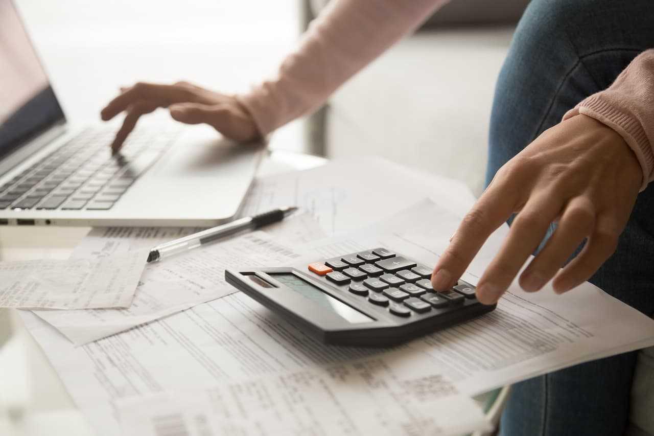 Jak zapłacić akcyzę za samochód? Sprawdź listę formalności