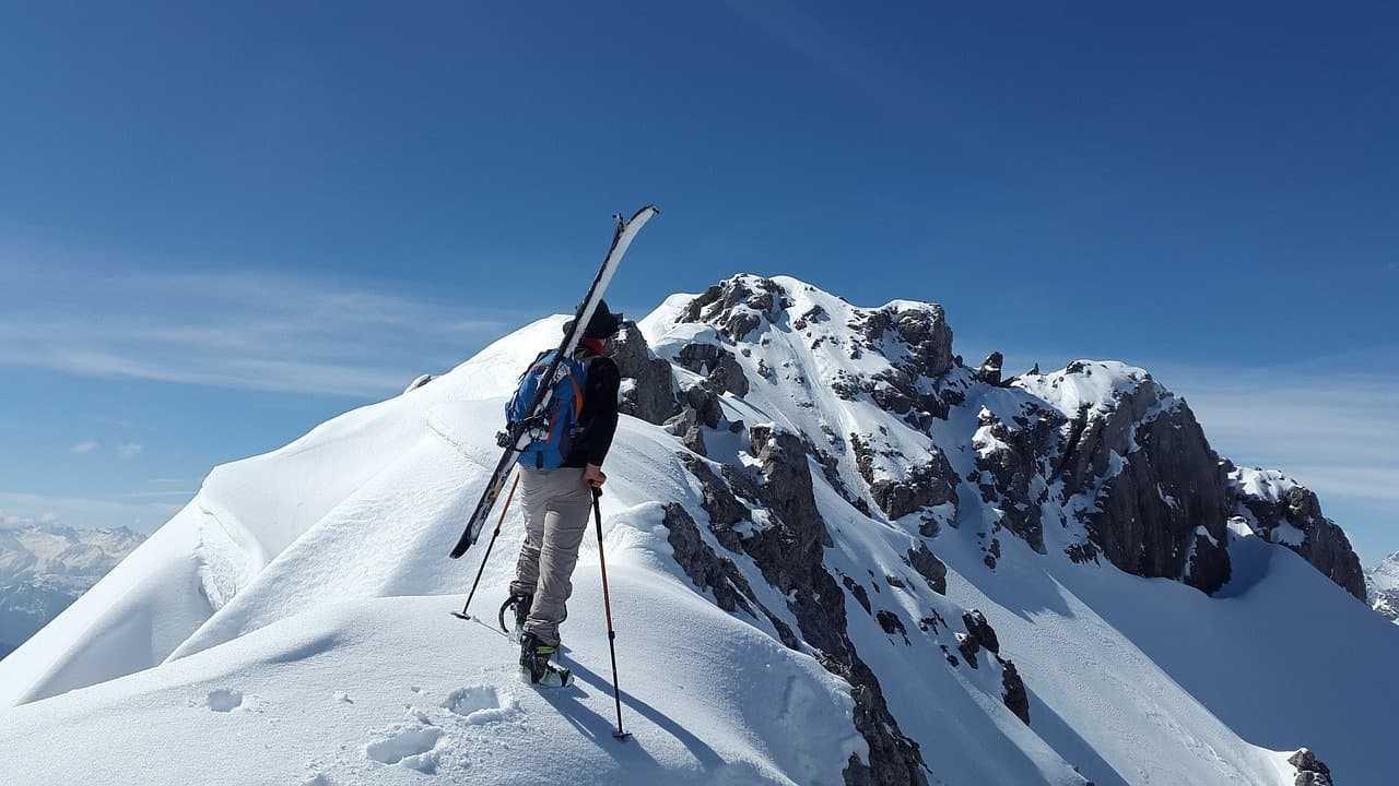 Najtrudniejsze trasy narciarskie. Co musisz wiedzieć, zanim wyruszysz szusować na stokach?