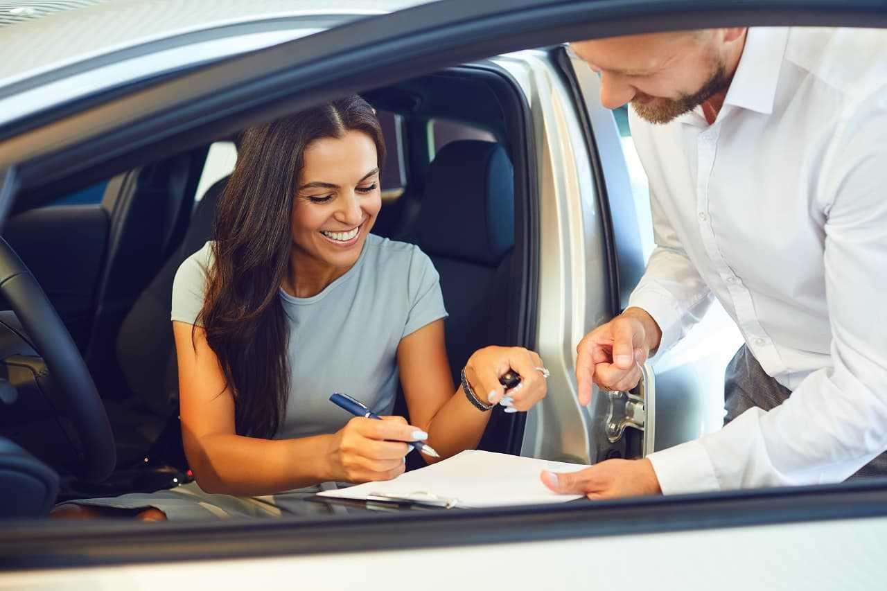 Ubezpieczenie samochodu w leasingu. Jaką polisę wybrać?