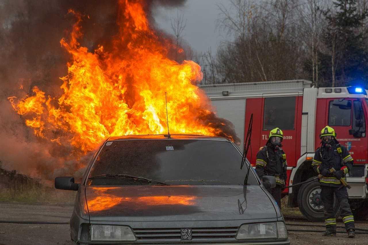 Autocasco od pożaru samochodu. Na co zwrócić uwagę przed zakupem?