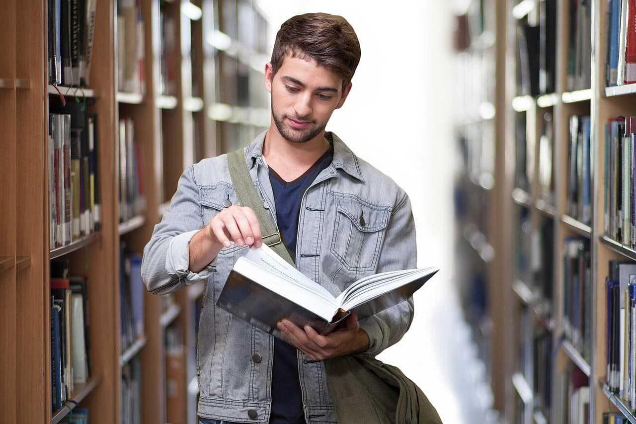 NNW dla studentów. Na jaką ochronę ubezpieczeniową mogą liczyć?