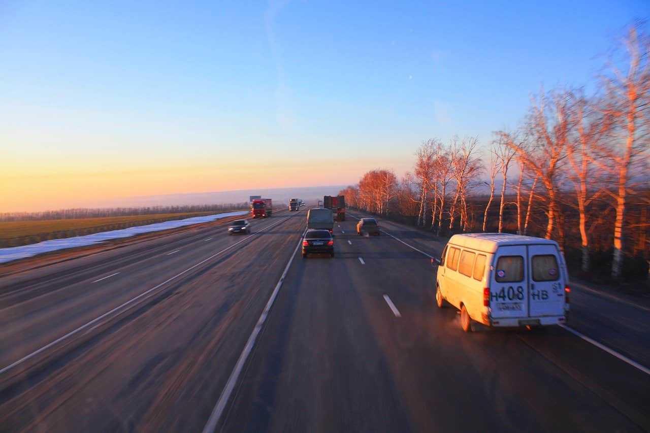 Zasada trzech sekund, czyli jak zwiększyć bezpieczeństwo na drogach!