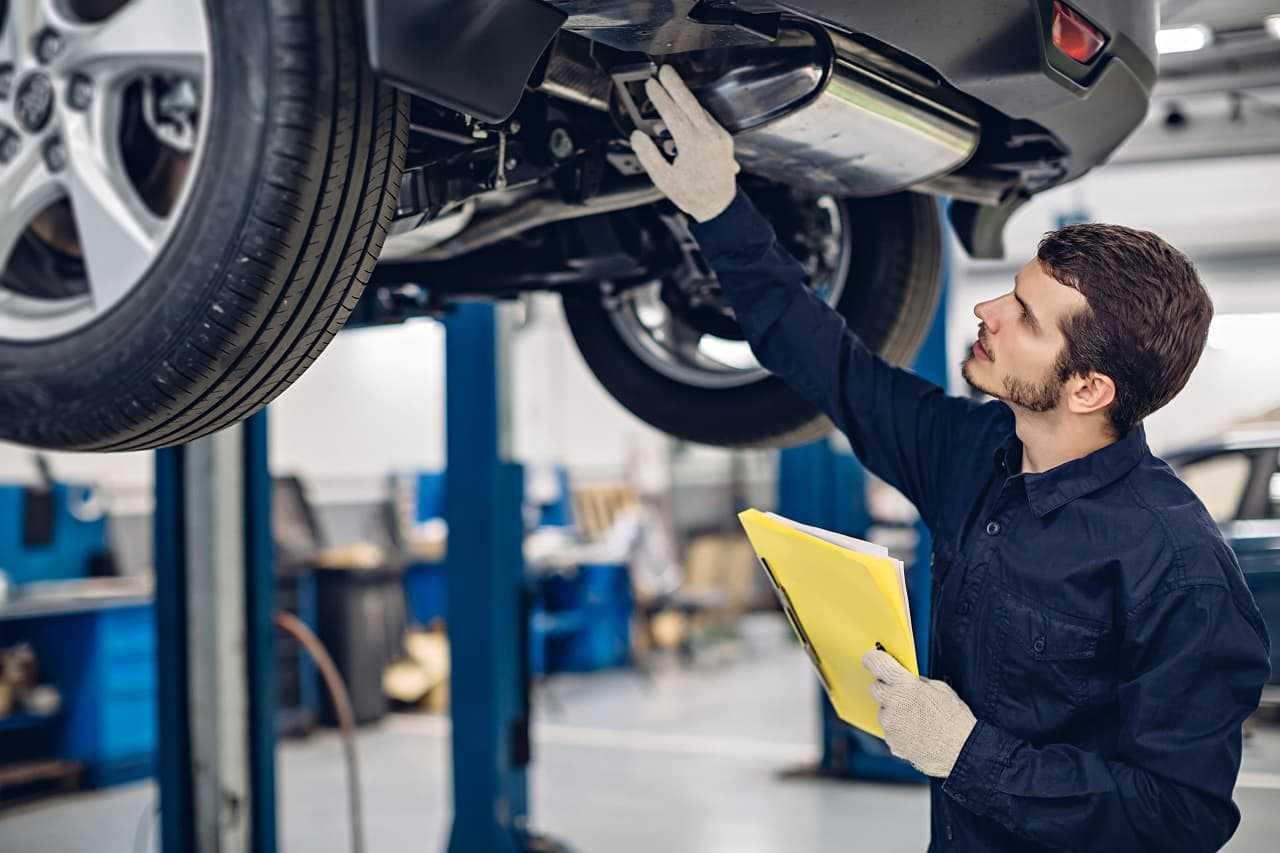 Wybierasz i kupujesz auto? Jak sprawdzić samochód przed zakupem?