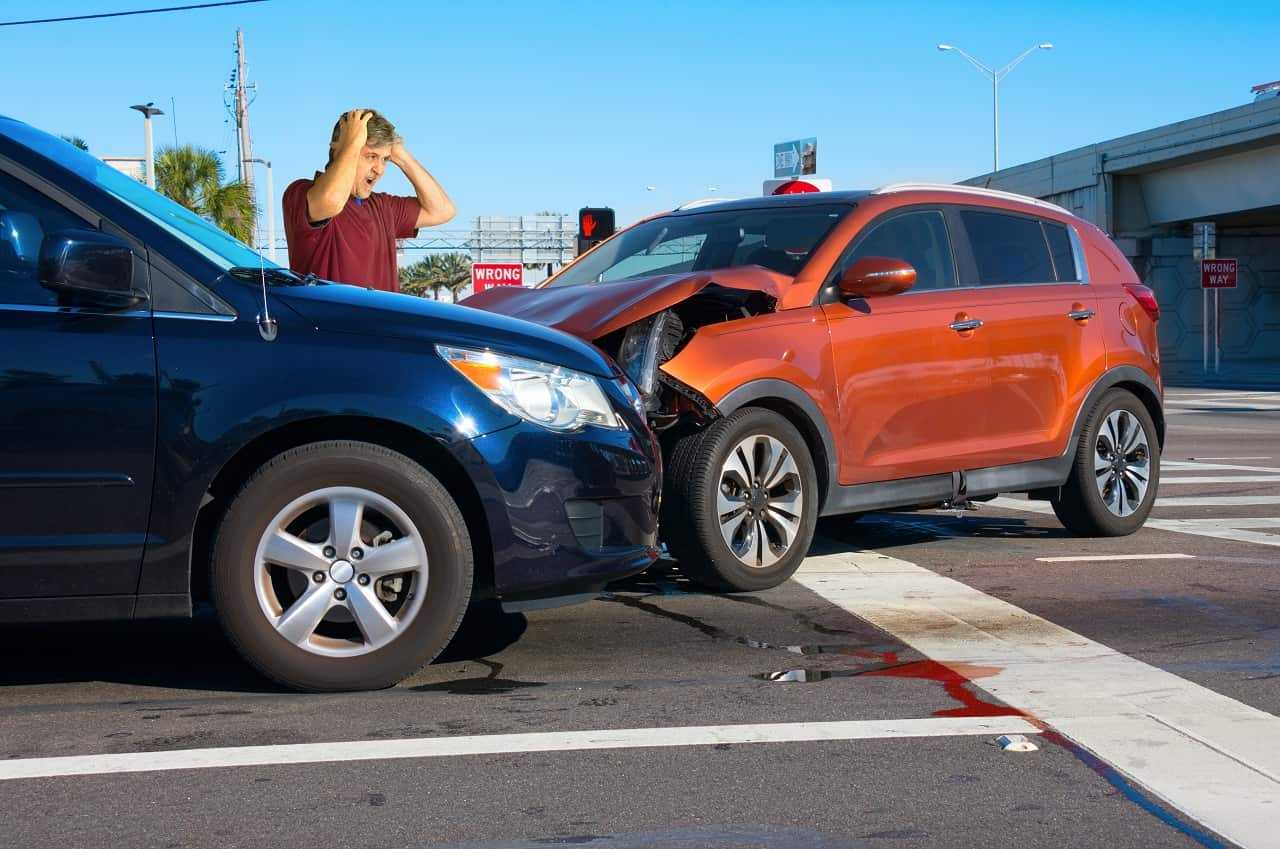 Uszkodzenie samochodu zastępczego – czy musisz za to płacić?