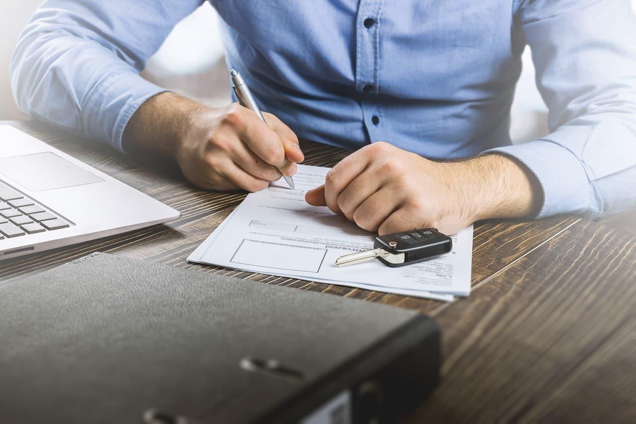 Pożyczka na zakup samochodu, czyli co musisz wiedzieć o kredytach samochodowych