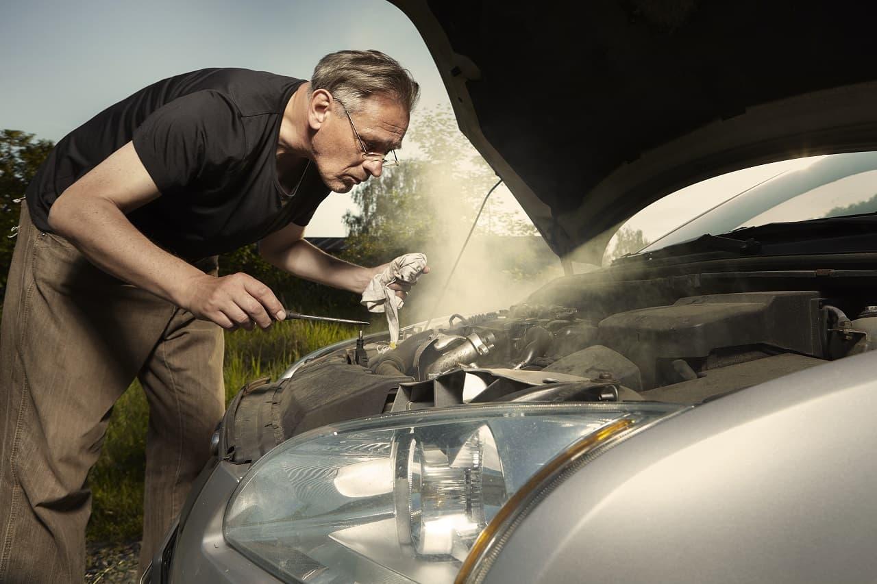 Uszkodzony silnik a odszkodowanie z AC. Czy zawsze możesz liczyć na pieniądze?