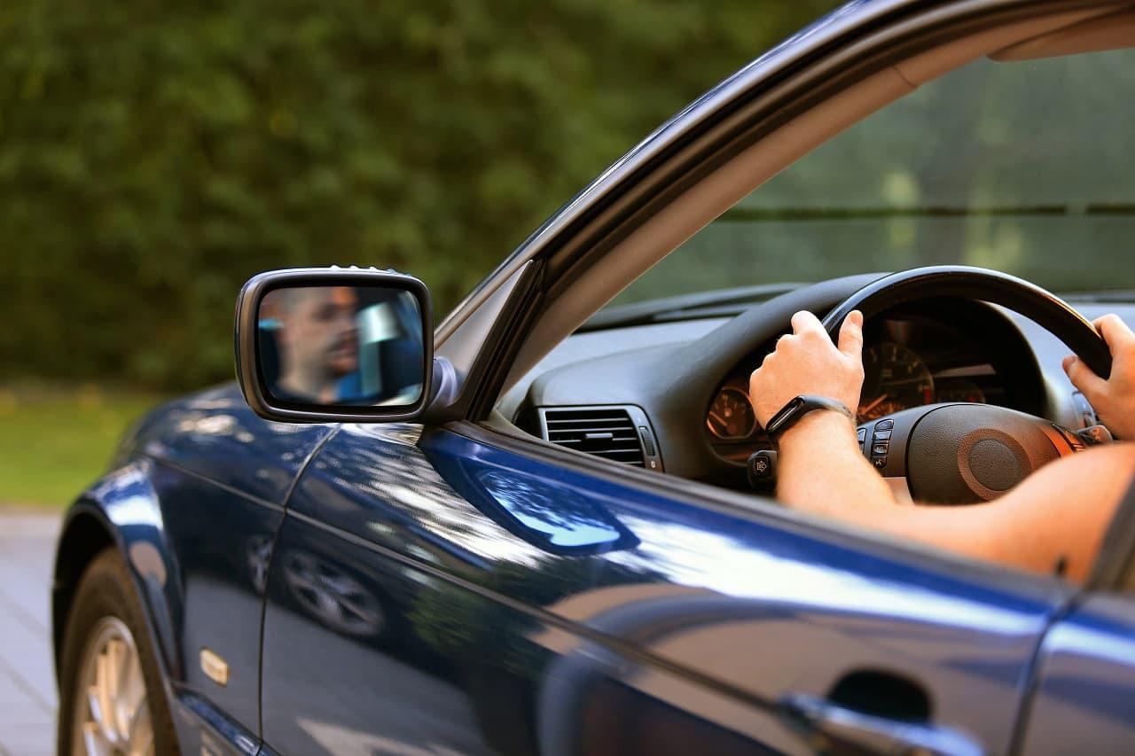 Ile kosztuje ubezpieczenie samochodu bez zniżek? Sprawdzamy!
