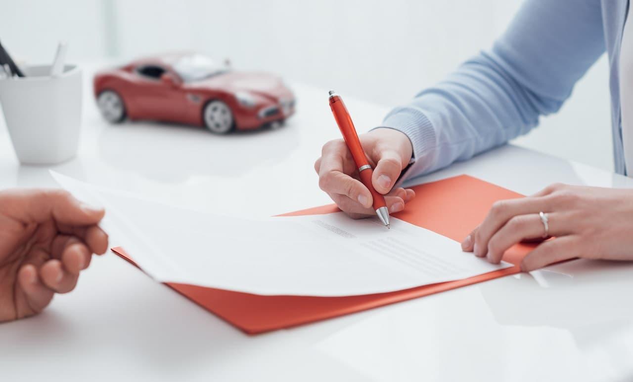 Upoważnienie do ubezpieczenia samochodu – czy to w ogóle jest możliwe?