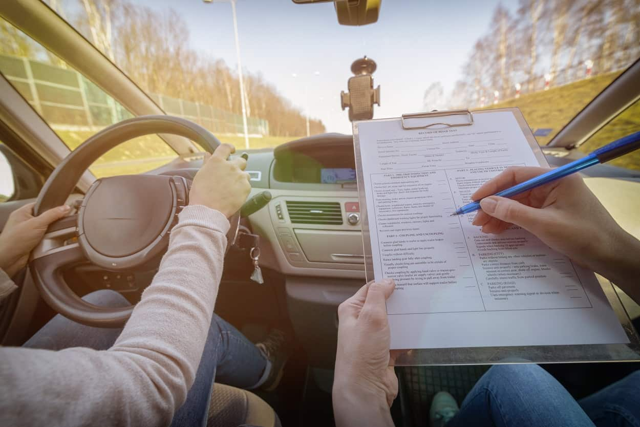 Jakie kategorie prawa jazdy obowiązują w Polsce?