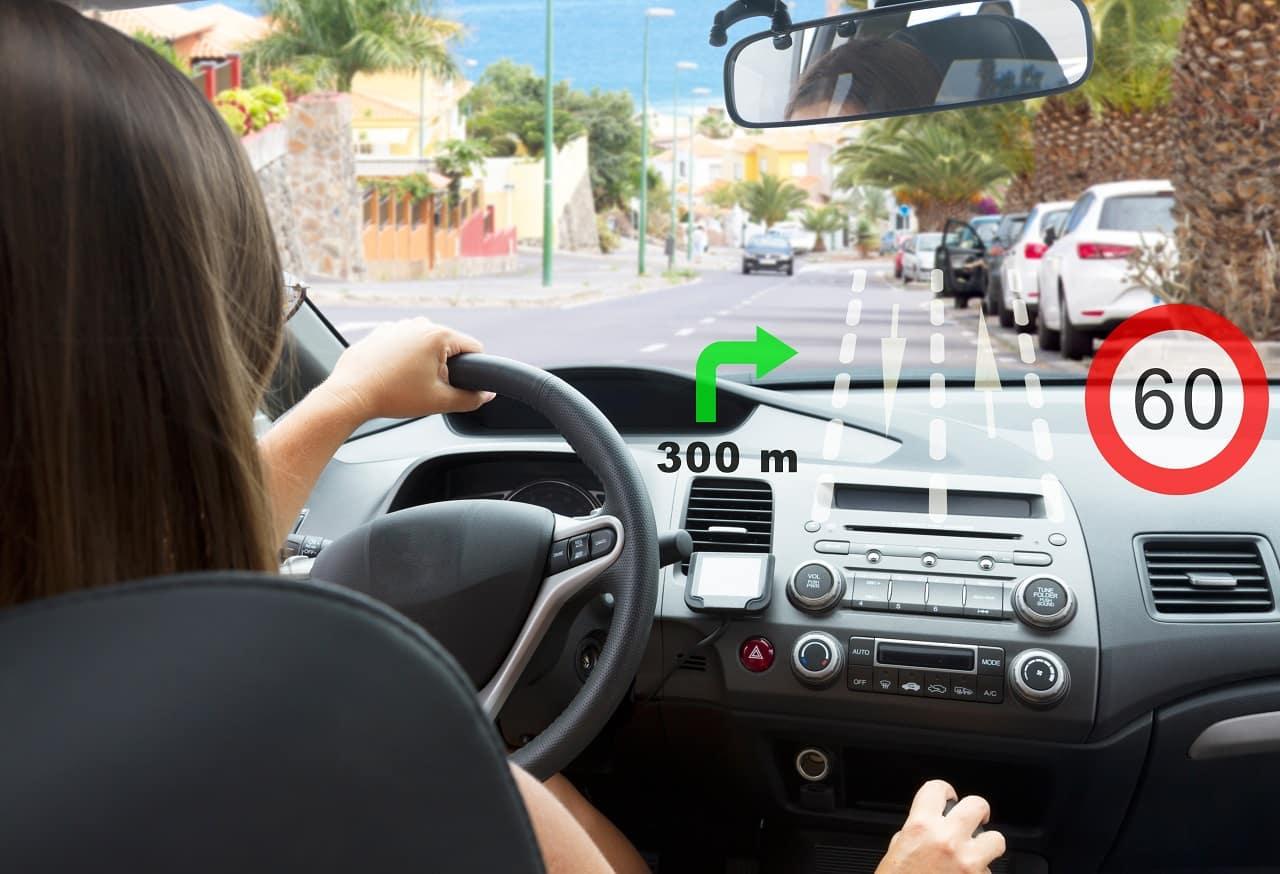 System TSR – jak system rozpoznawania znaków pomaga kierowcy?