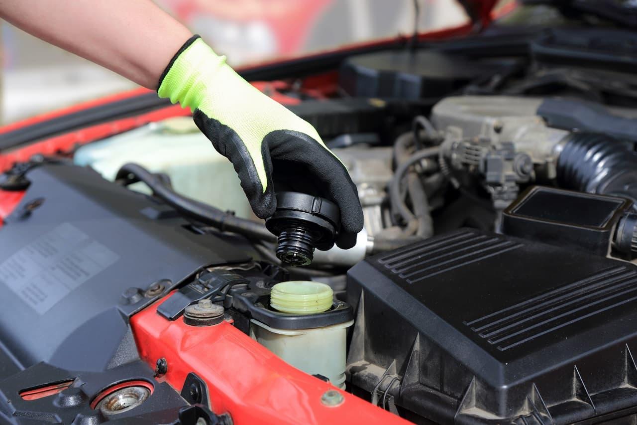Układ chłodzenia silnika – wszystko co musisz wiedzieć!