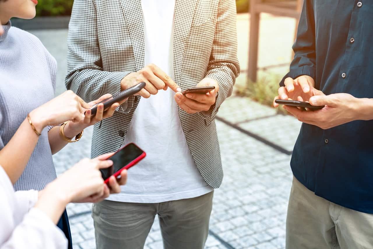 Aplikacja mPojazd – czy może mieć ją każdy? Do czego służy i co dzięki niej możesz załatwić?