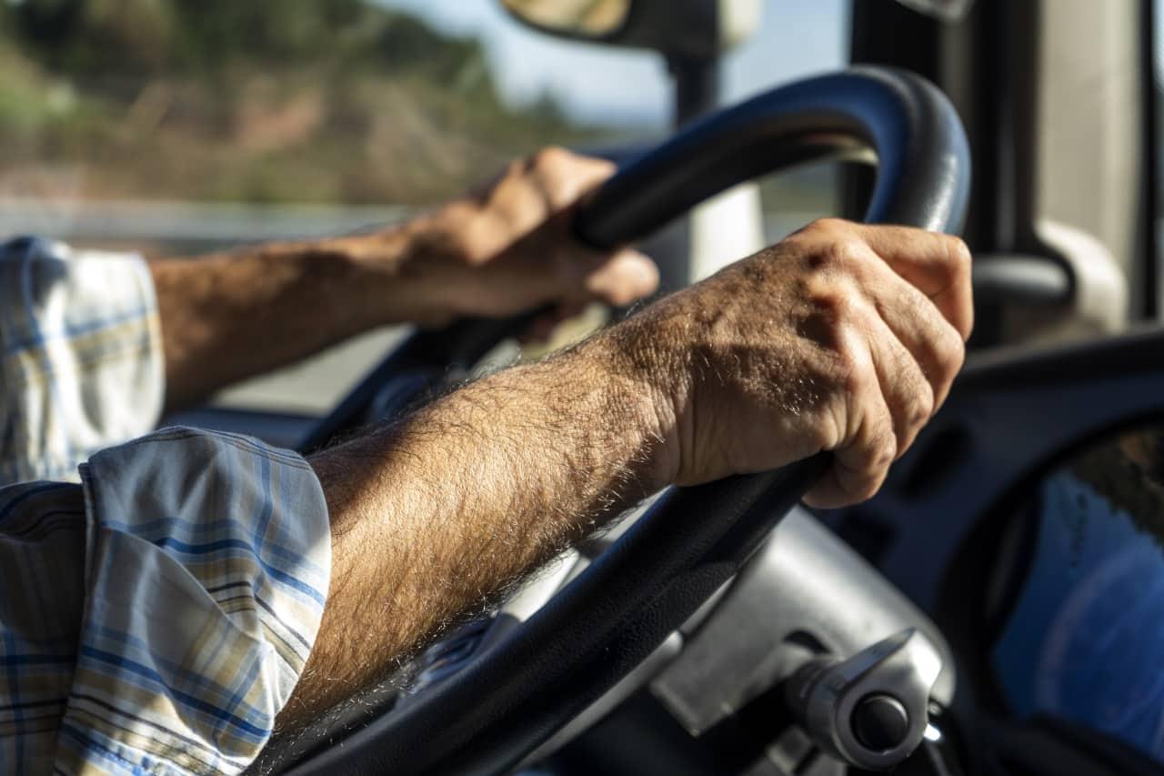 Badania dla zawodowych kierowców – które są obowiązkowe i na czym polegają?