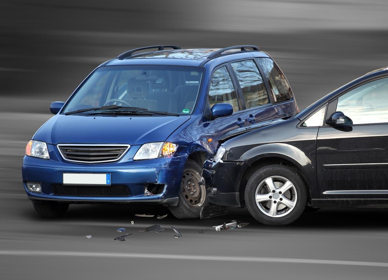 Katastrofa w ruchu drogowym – kiedy Twój wypadek staje się naprawdę poważny?